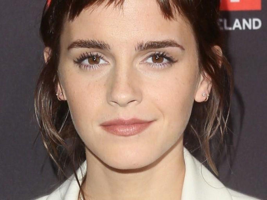 10 Artis Wanita Paling Cantik dalam Dekade Ini, Emma Watson Hingga Nana
