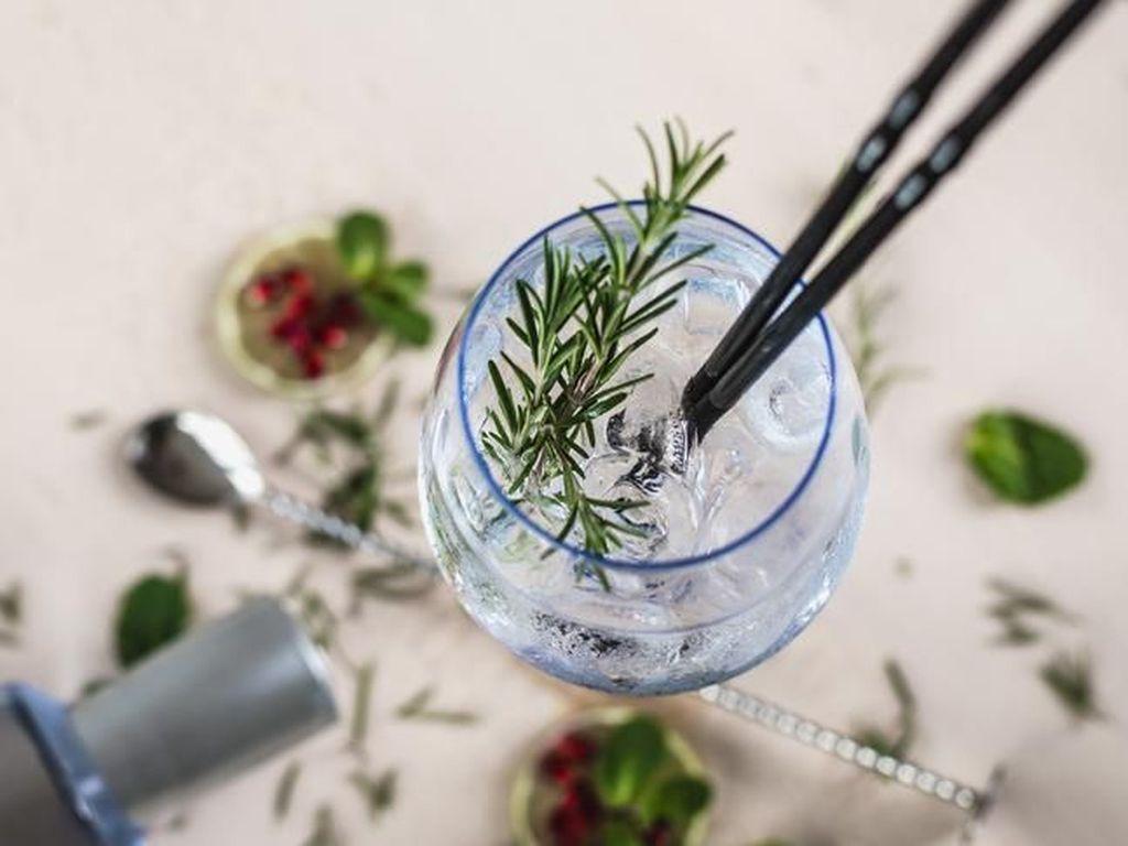Ini Dia Vodka Tema Star Trek yang Akan Diterbangkan ke Lapisan Mesosfer