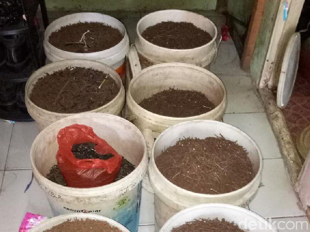 Ngeri! 4 Ton Ranjau Paku Terjaring di Jakarta dan Bekasi