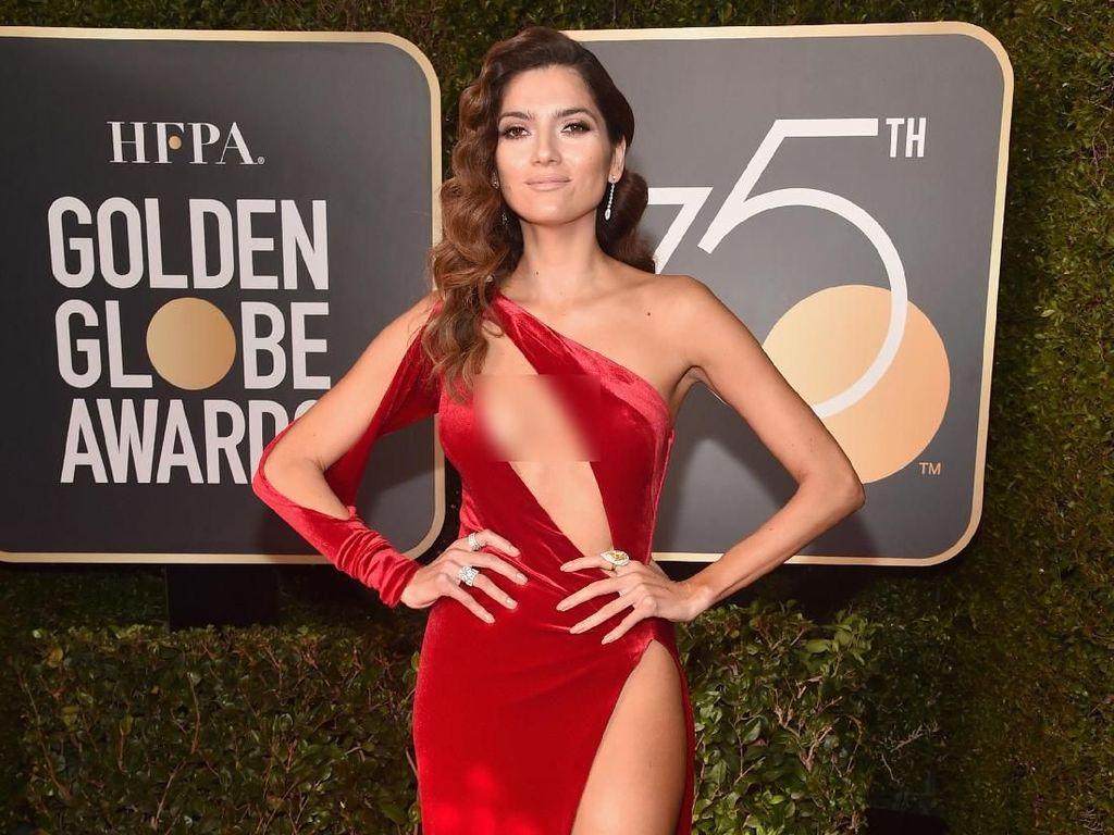Foto: 7 Selebriti Berbusana Terburuk di Golden Globes 2018
