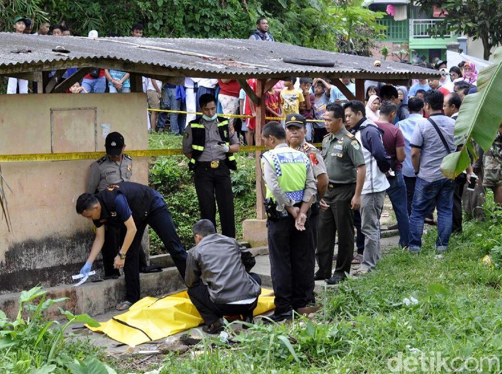 Mayat Pria Mengambang di Pemandian Umum Sukabumi