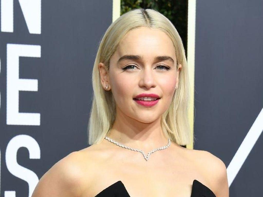 Ogah Botox, Ini Perawatan yang Dilakukan Emilia Clarke untuk Cegah Kerutan