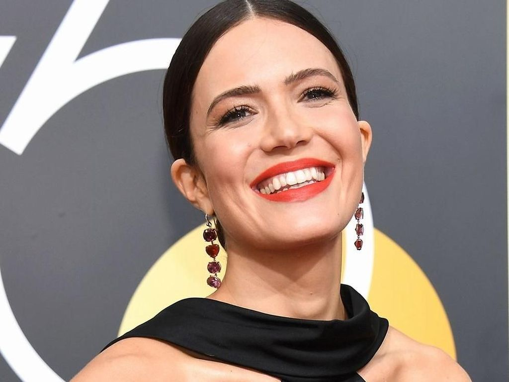 Mandy Moore Terima Bintang Hollywood Ke-2658 di Walk of Fame
