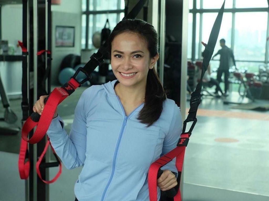 Selain Tia Ivanka, Ersa Mayori Juga Tampak Awet Muda dengan Rajin Olahraga