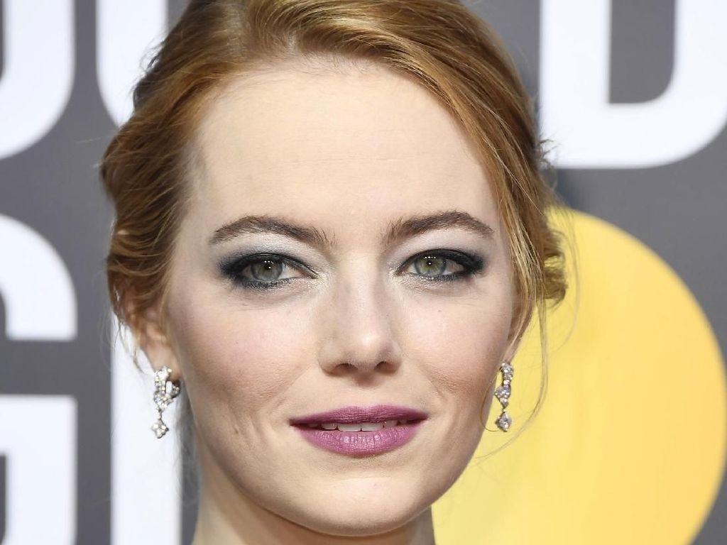 Makeup Emma Stone di Golden Globes Penuh Makna, Tak Sekadar Tampil Cantik