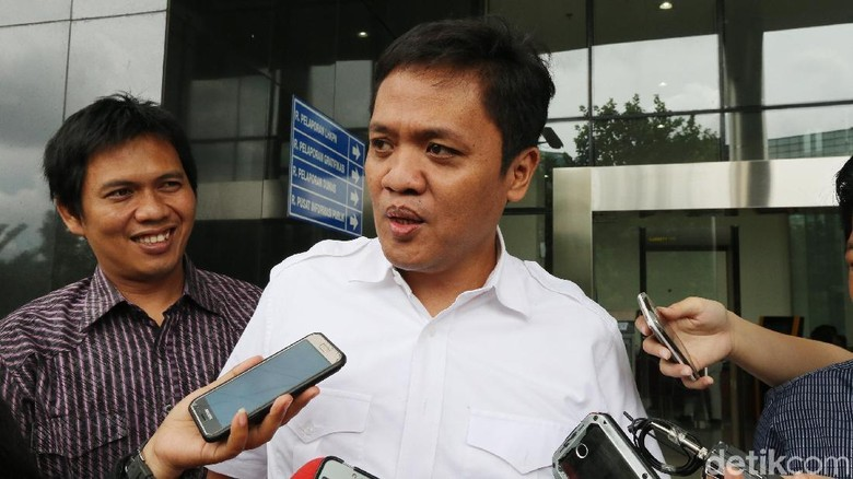 Gerindra Yakin Dolar Meroket Bisa Gerus Suara Jokowi di Pilpres
