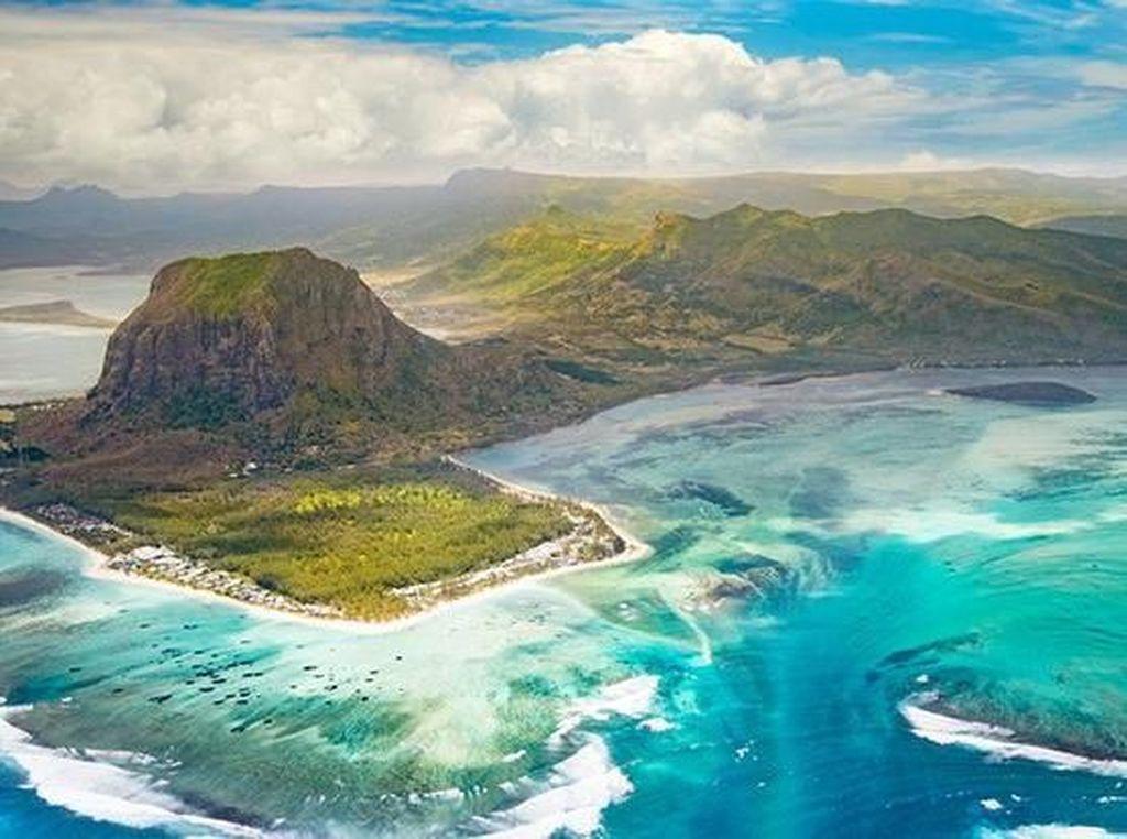 Foto: Bukan Cuma Maladewa, Ini Pulau Mauritius yang Mempesona