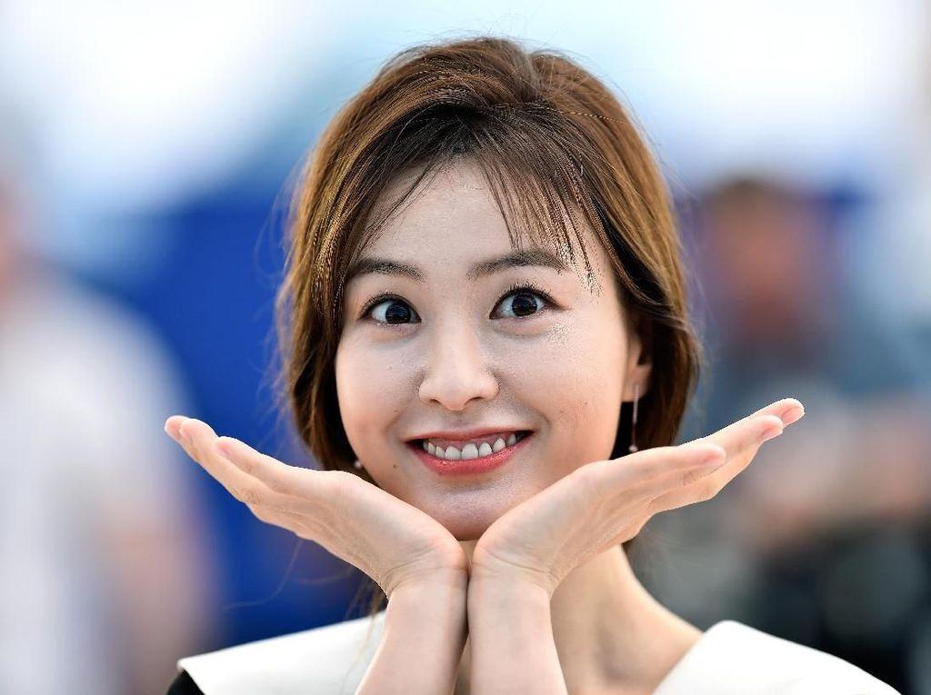 Cantiknya Jung Yu Mi, yang Digosipkan Jadi Calon Istri Gong Yoo