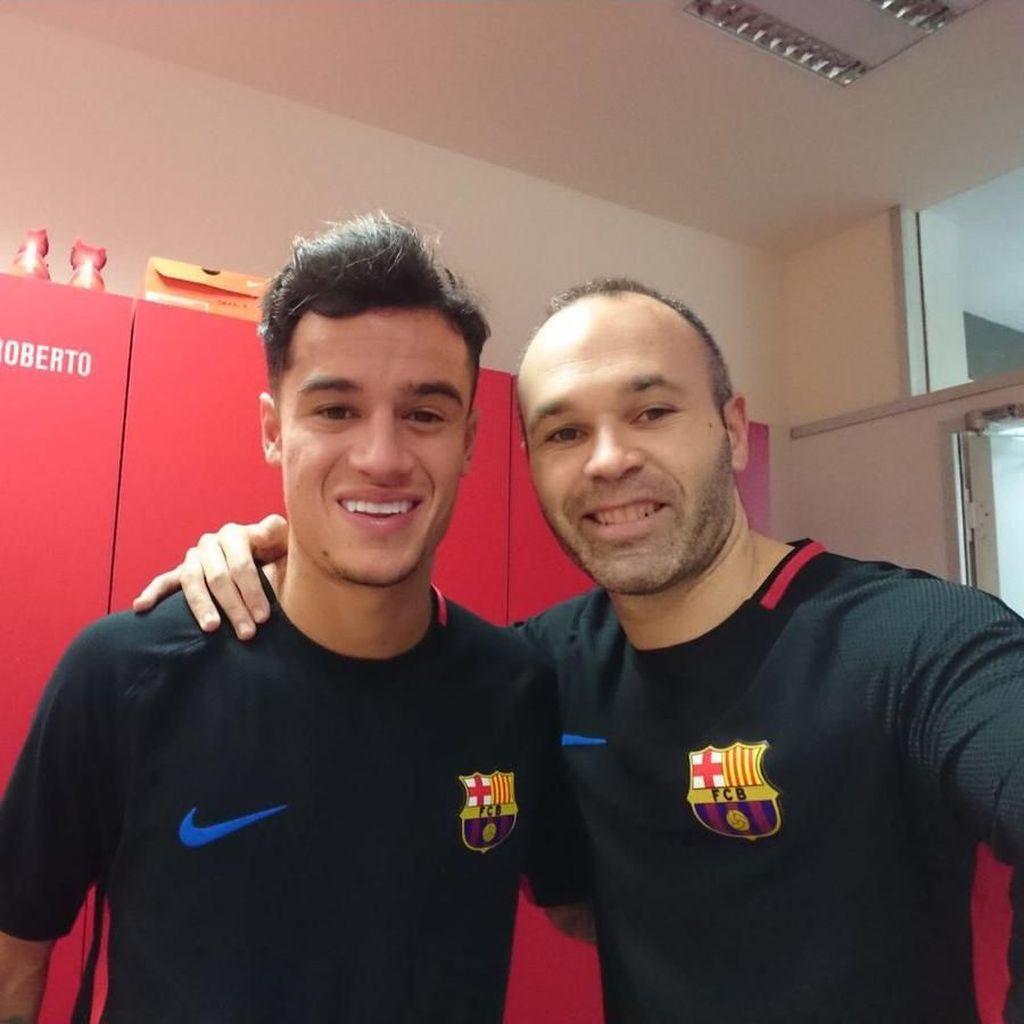 Iniesta: Coutinho Tidak Akan Bikin Saya Pensiun