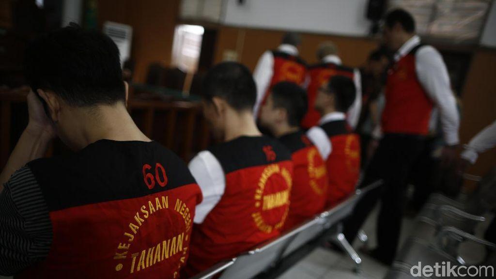 8 Terdakwa Penyelundupan 1 Ton Sabu Disidang di PN Selatan
