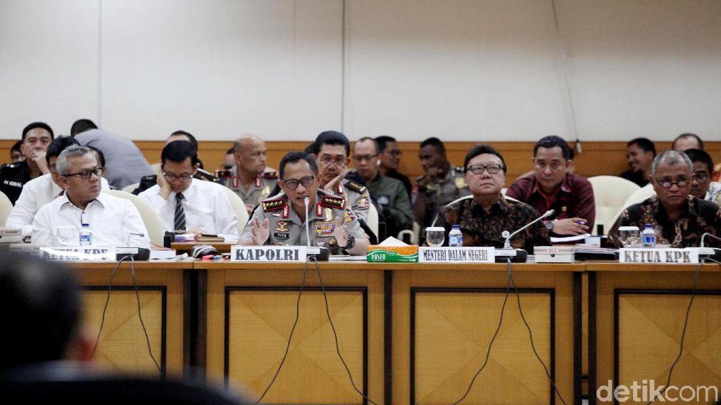 DPR Gelar Rapat Gabungan Bahas Pilkada Serentak 2018