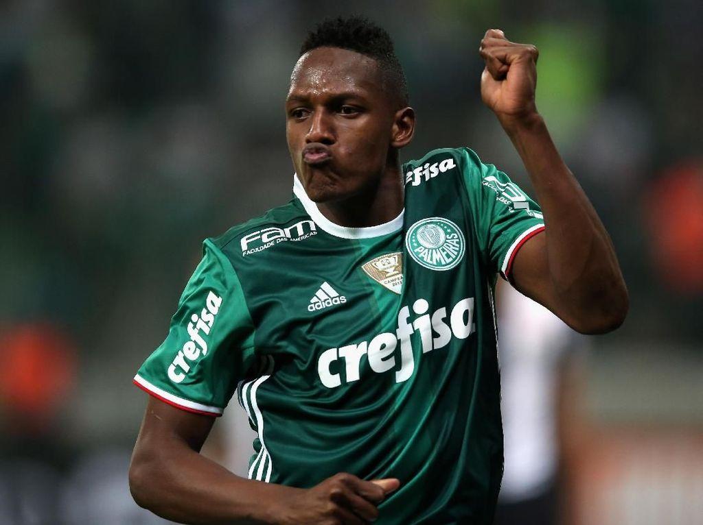 Barcelona Datangkan Yerry Mina dari Palmeiras