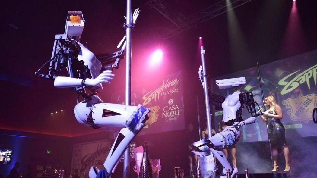 Foto: Robot-robot yang Tidak Senonoh