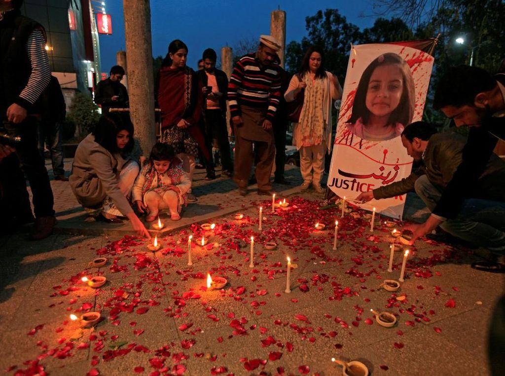 Lilin untuk Zainab, Bocah yang Diperkosa Lalu Dibunuh di Pakistan
