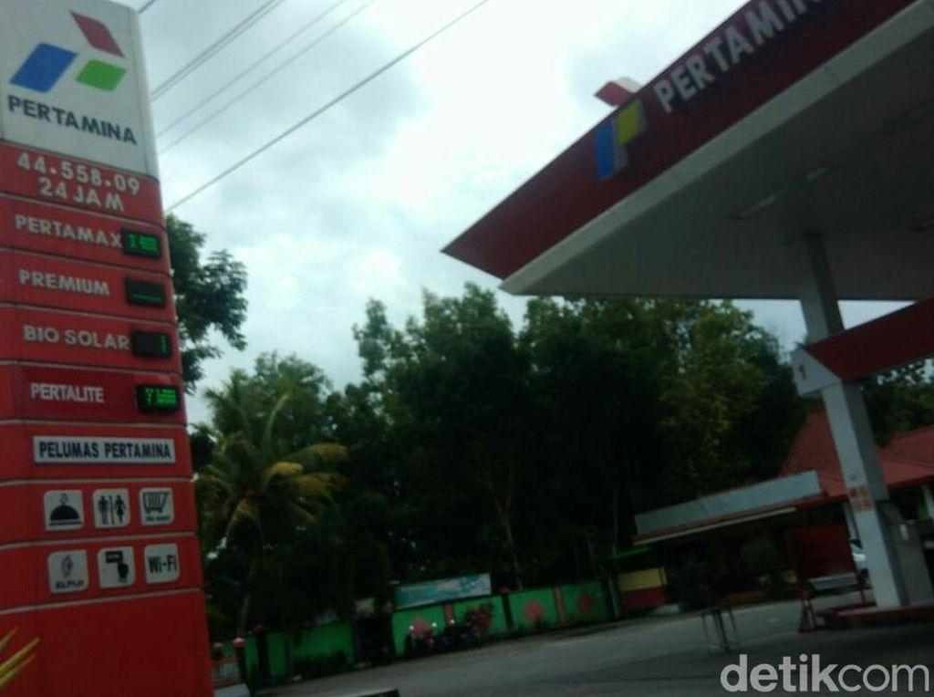 Pengusaha Sayangkan Sikap Ragu-ragu Jokowi soal Harga Premium