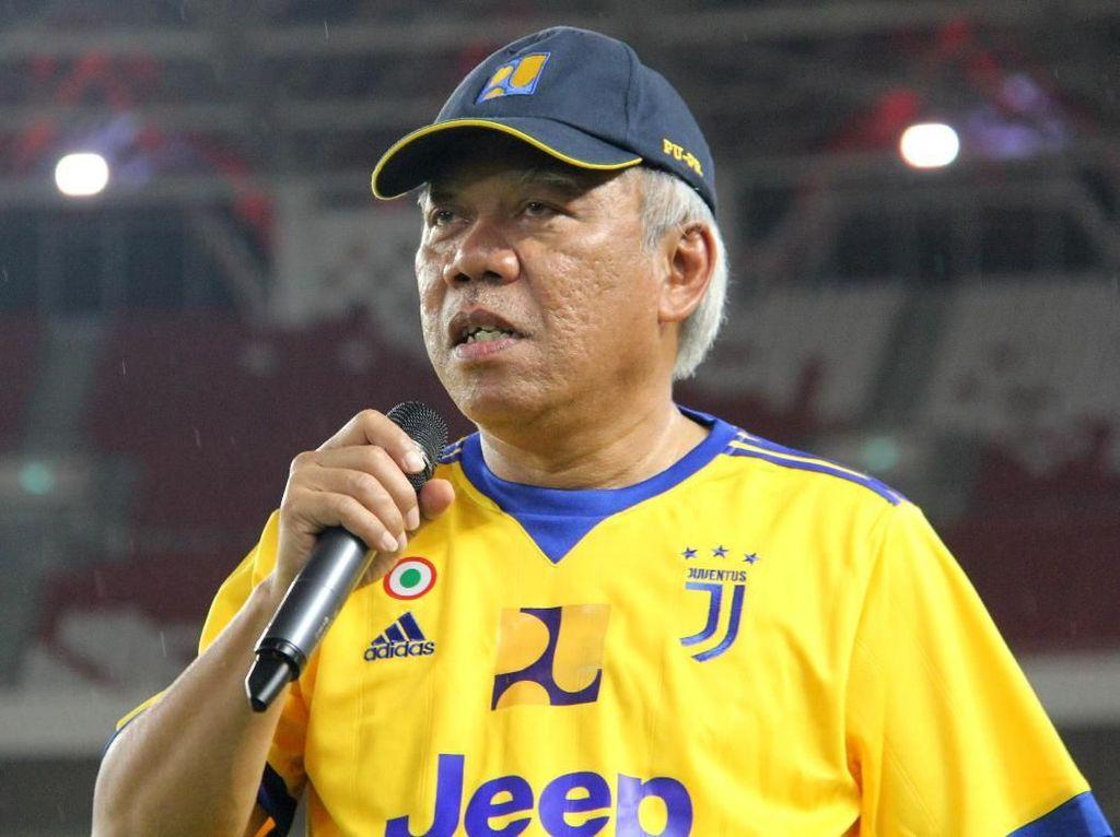 Pakai Jersey Juventus, Basuki Jajal Rumput Stadion GBK yang Baru
