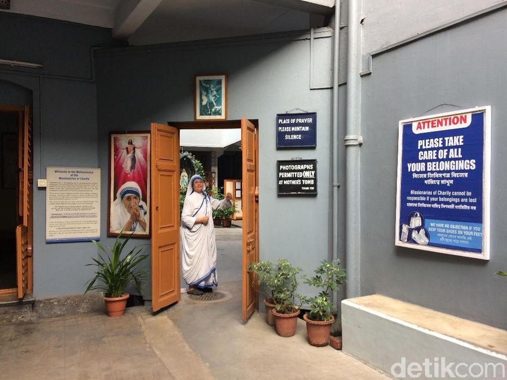 Foto: Kediaman Kiblat Kemanusiaan dari Kolkata, BundaTeresa