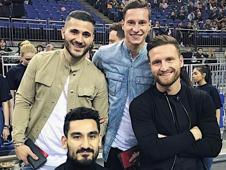 Kolasinac dan Mustafi Rayu Draxler untuk Gabung Arsenal?