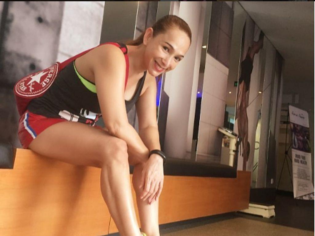 Sering Unggah Foto Seksi, Kiki Fatmala Digoda Brondong?