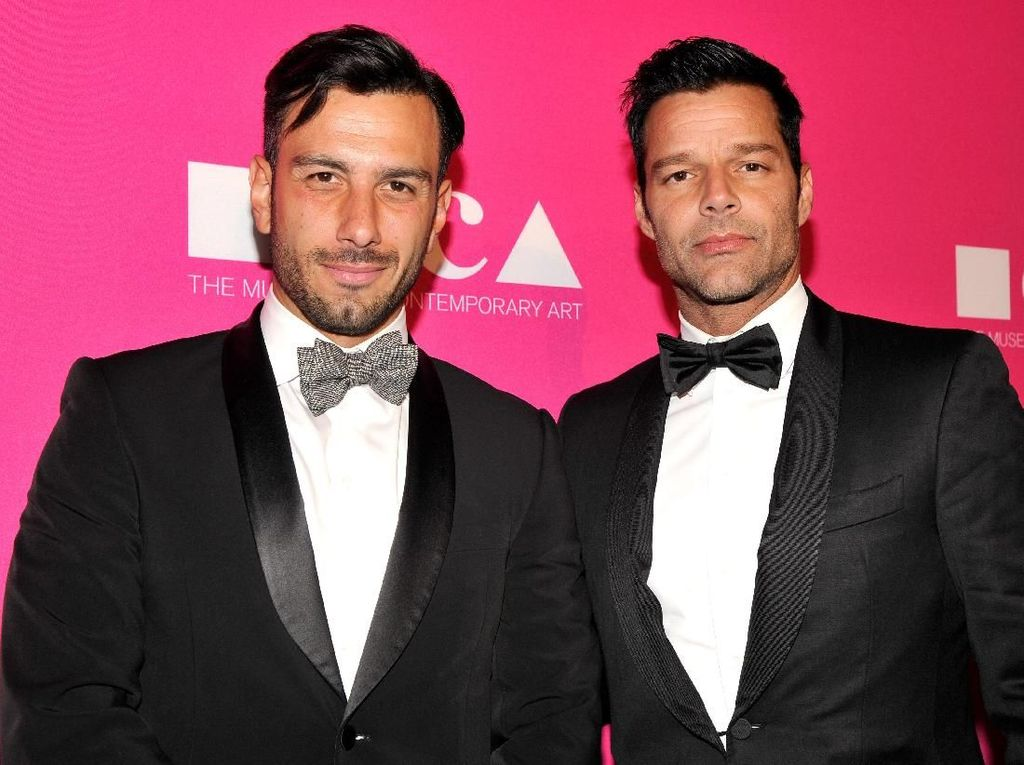 Ricky Martin dan Pasangan Prianya Sambut Anak Perempuan