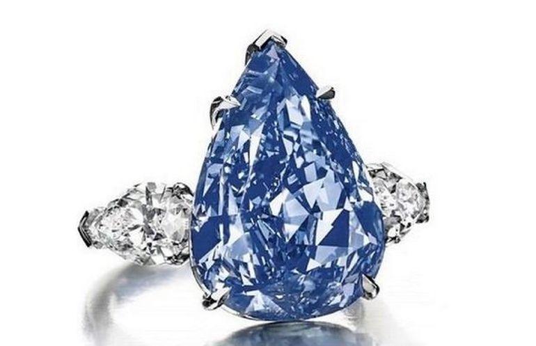 Image result for Cincin berlian biru  US$ 10 juta