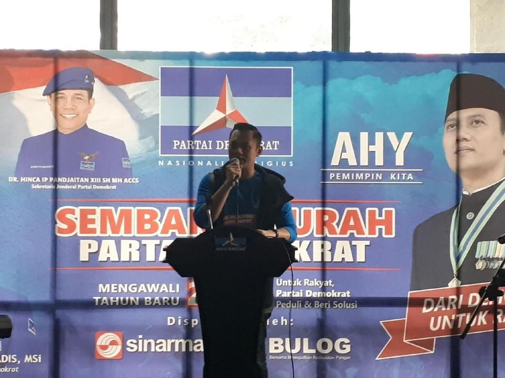 Sambil Bagi Sembako, AHY dan Ani Yudhoyono Kenang Pilgub DKI 2017