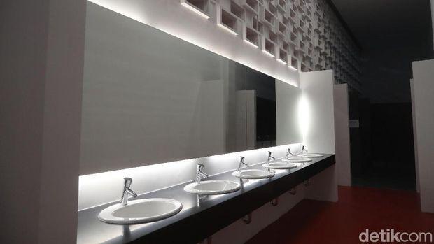 Kerennya Desain Baru Ruang Ganti Pemain di Stadion Utama GBK