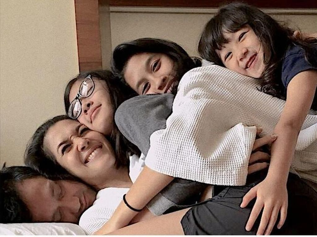 Bukti Perhatian Anak untuk Tora Sudiro, Bikin Hati Tersentuh