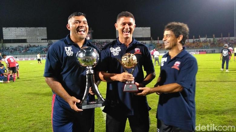 Gomes Puas Bisa Bawa Madura United Juara Suramadu Super Cup