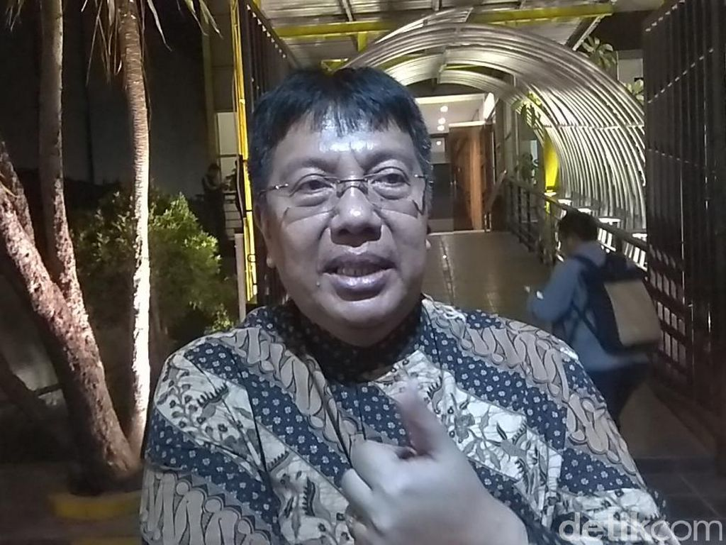 Gede Widiade Investor Sriwijaya FC?