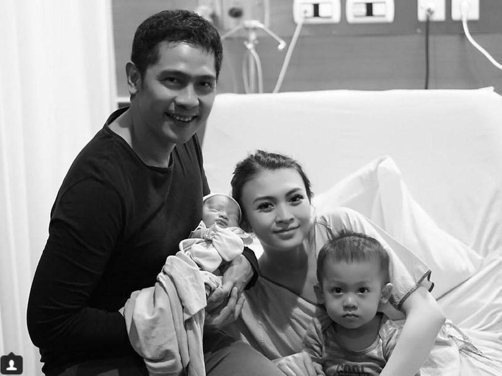 Welcome Baby Parva, Anak Kedua Adi Nugroho dan Donita!