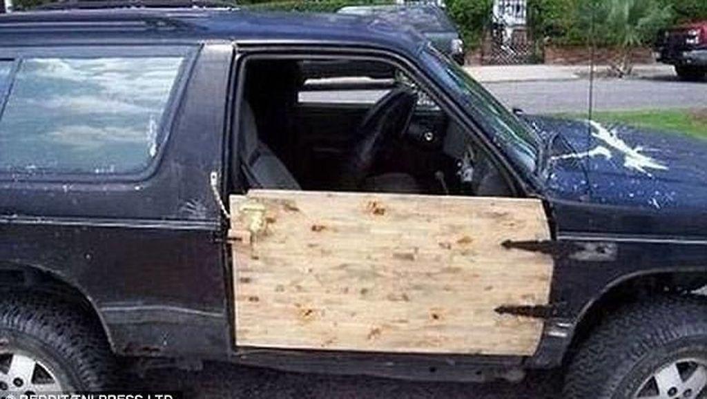Kreatif Nih, Reparasi Mobil Tanpa Harus ke Bengkel (I)