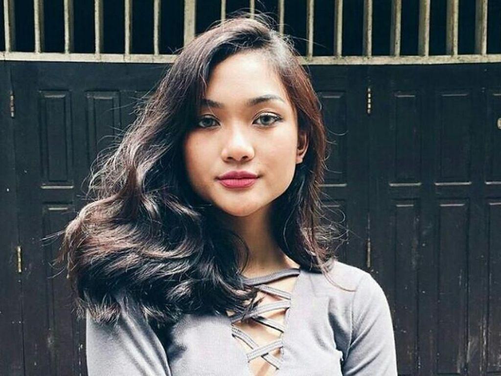 Tangis Marion Jola di Ajang Indonesian Idol