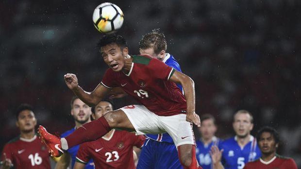 Timnas Indonesia bertemu Timnas Islandia pada laga uji tanding internasional yang berlangsung Januari 2018.