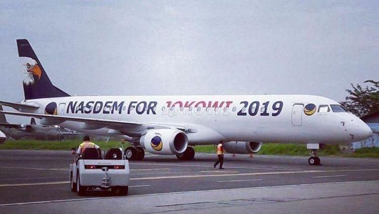Nasdem For Jokowi 2019 di Badan Pesawat Milik Surya Paloh