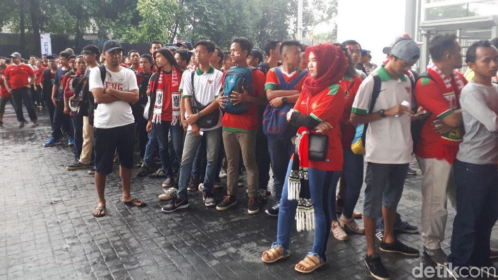 #TimnasDay Menggema Sambut Indonesia vs Islandia