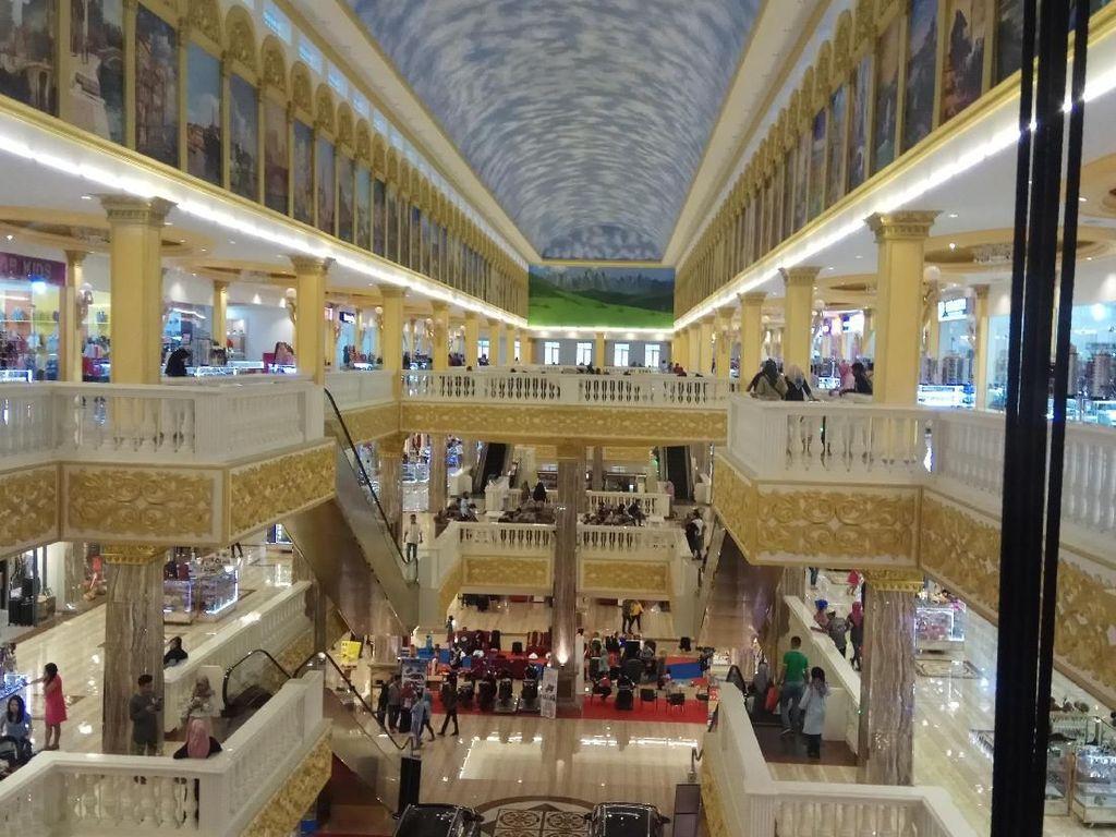 Foto: Bukan di Eropa, Ini Mall di Maros