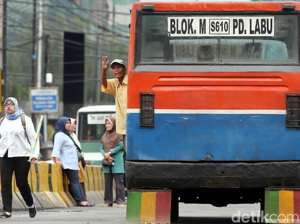 Metromini Tak Lagi Jaya, Masih Adakah Penumpangnya?