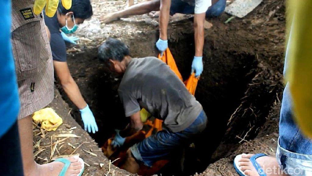 Nani Warga Garut Ditemukan Tewas Terkubur di Belakang Rumah