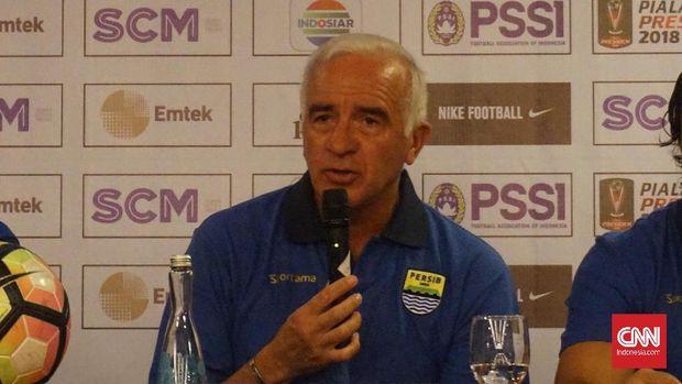 Mario Gomez mengantarkan Persib bersaing di papan atas Liga 1 2018.