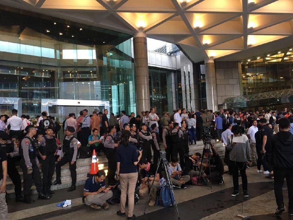 1 Korban Selasar BEI Ambruk Dioperasi di RS Jakarta, 5 Orang Besok