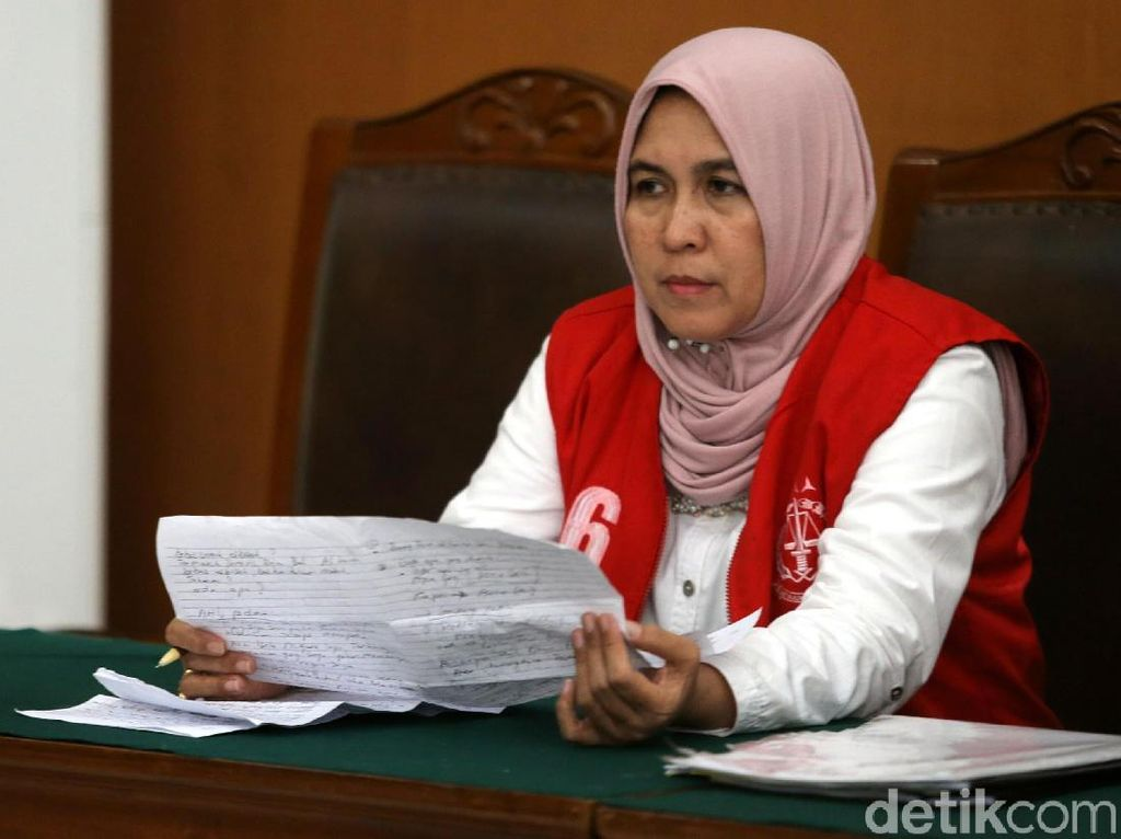 Jejak Komentar Asma Dewi Serang Rezim Jokowi Berujung Bui