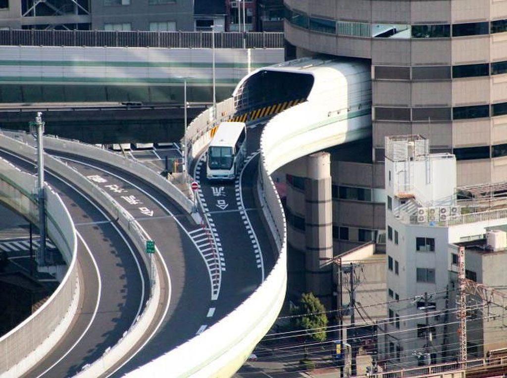 RI Bakal Punya Jalan Tol Bertingkat Terpanjang di Dunia