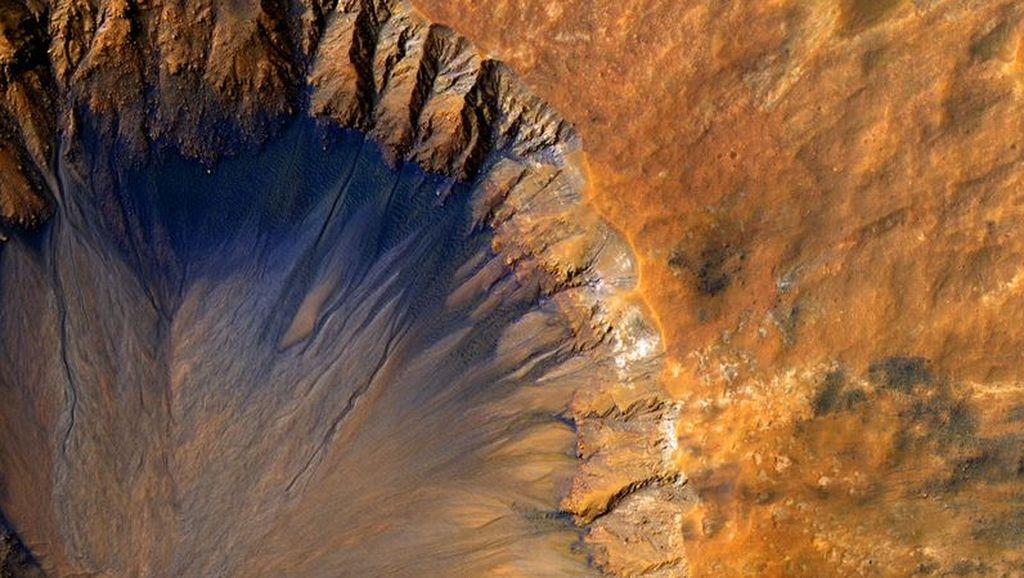 Deretan Foto Planet Mars Paling Menakjubkan