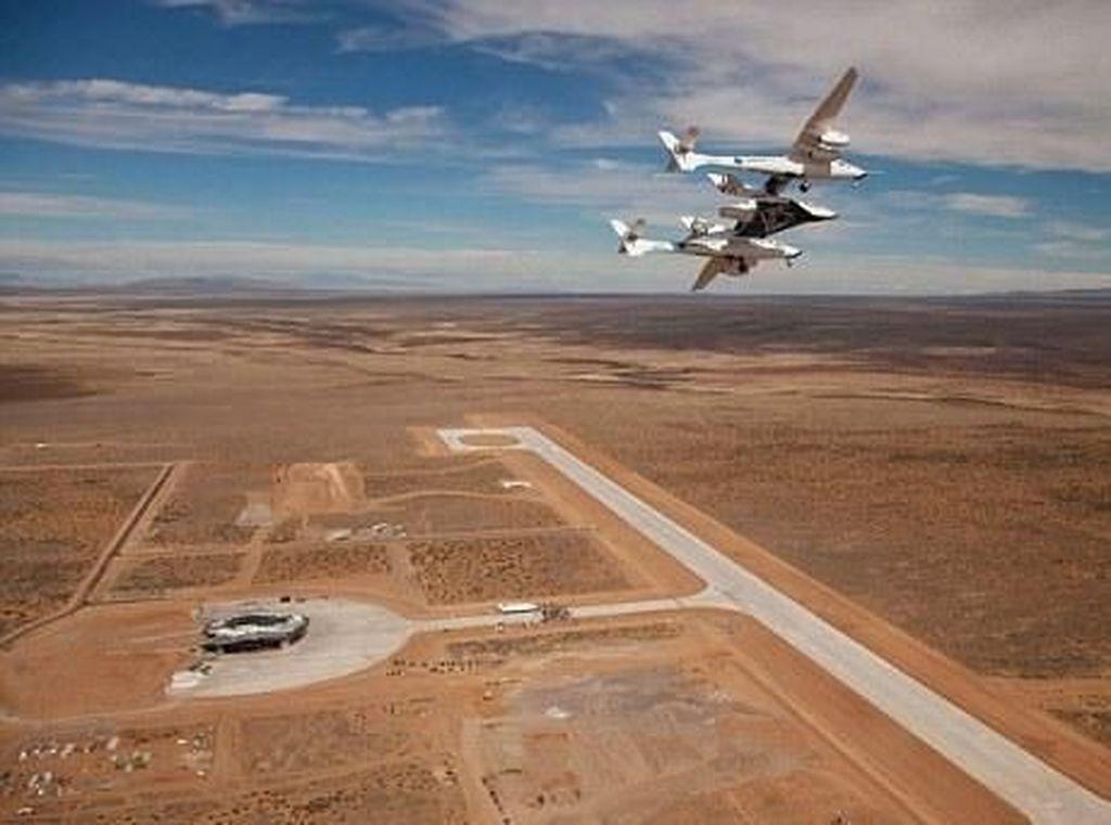 Virgin Galactic Buka Gerbang Wisata ke Luar Angkasa