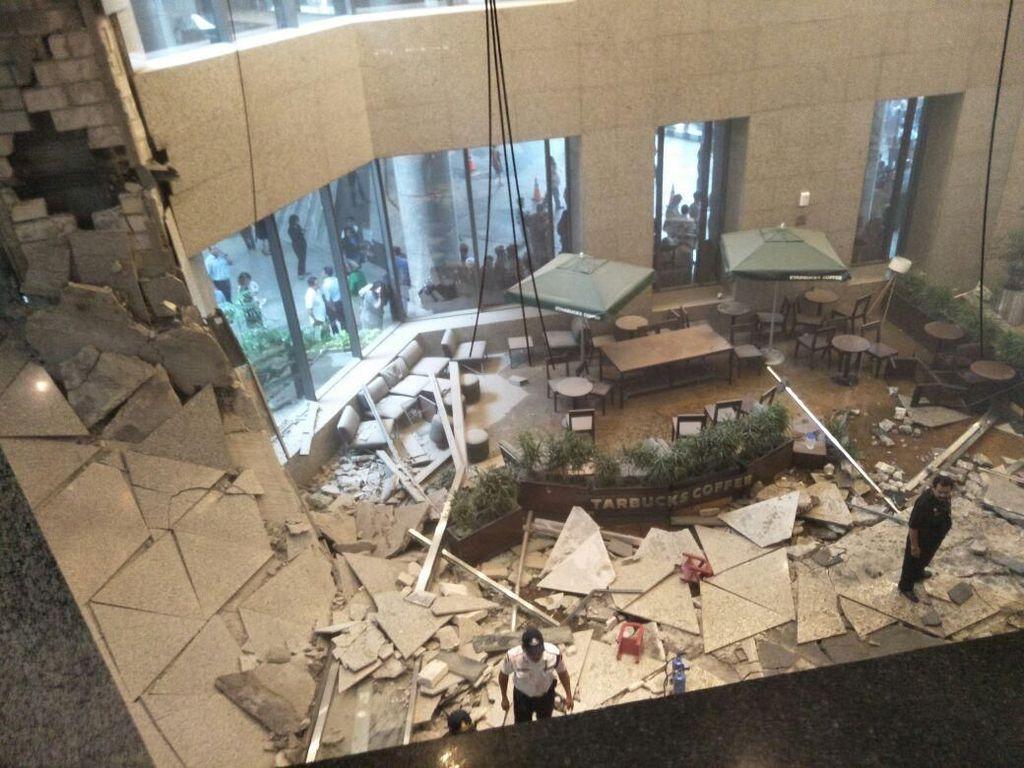 Selasar BEI Ambruk, Investigasi Diminta Libatkan Tim Ahli Konstruksi