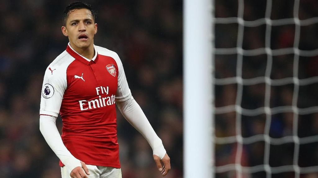 Conte Ragu Chelsea Ikut Memburu Sanchez
