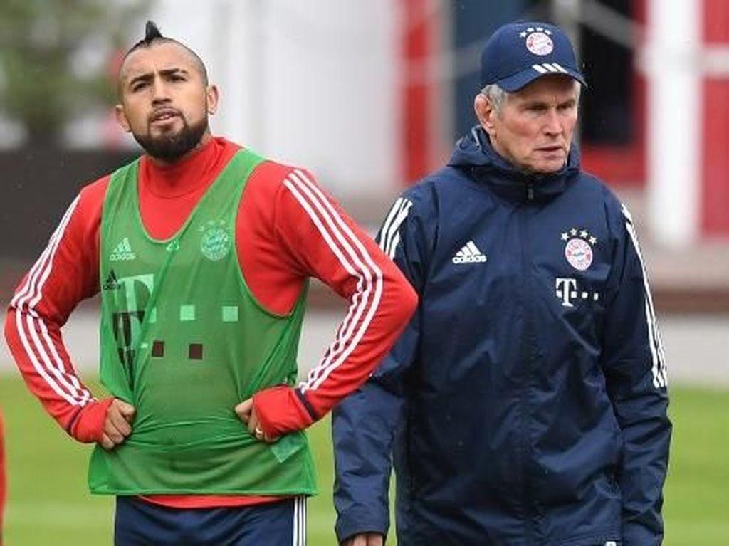 Vidal Dikabarkan Diincar Chelsea, Heynckes Tak Risau