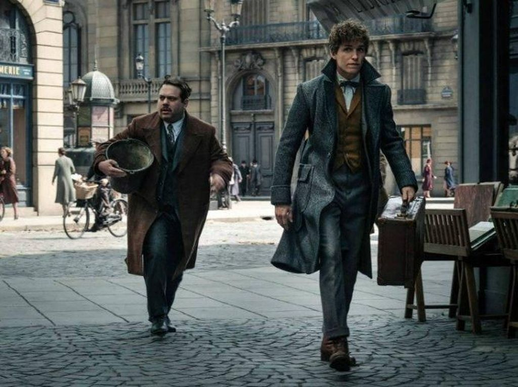 Buku Skenario Fantastic Beasts: The Crimes of Grindelwald Rilis November