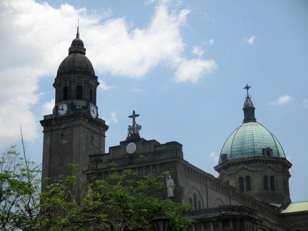 Bangunan Neo-Romanesque Cantik di Filipina